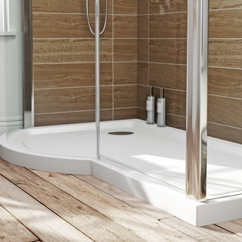 P shaped left handed shower tray 1500 x 900