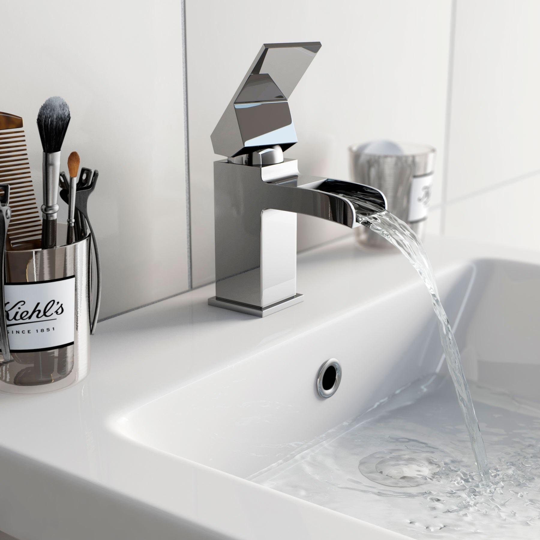 BWE Chrome Waterfall Bathroom Faucet Single Handle One