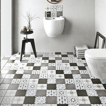 Patchwork pattern grey matt tile 142mm x 142mm